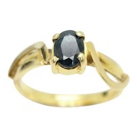 Vintage 22kt Gold 0.4 Ct Solitaire Sapphire Twisted Shoulders Ring, Size J 1/2