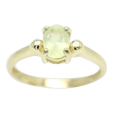 Stunning Unusual 9Ct Gold 0.45 Ct Prehnite Solitaire Engagement Ring, Size N