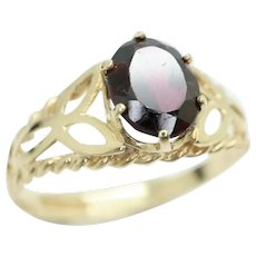 Vintage 1982 9Ct Yellow Gold 1.2Ct Garnet Filigree Celtic Style Ring, Size Q