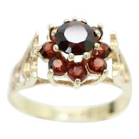 1979 Vintage 9ct Gold Garnet Cluster Flower Head Ring, Size S