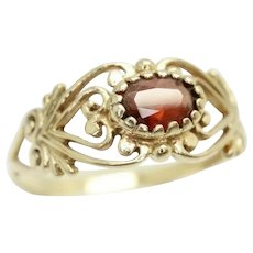 Vintage 9ct Gold Solitaire Garnet Ornate Filigree Ring, Size S 1/2