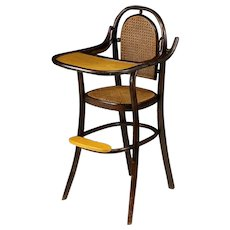 Lovely Thonet-style Bentwood child's Highchair