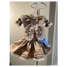 "Sweet silk taffeta dress for a 13-14"" doll"