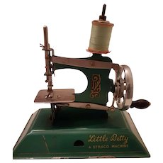 Little Betty Child Sewing Machine