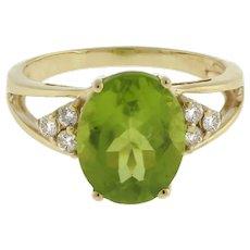 Vintage Green Peridot Gemstone Diamond Ring 14K Yellow Gold Oval 10 x 8 mm 4.5