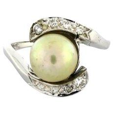 Estate Vintage Pearl Diamond Cocktail Ladies Ring 14K White Gold 0.16 CTW Size 4