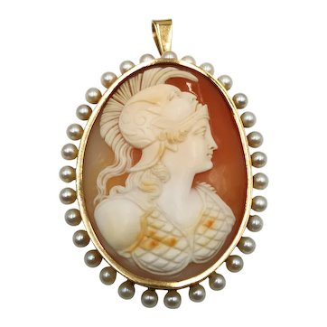 A 1880s shell cameo gold pendant with french assay mark