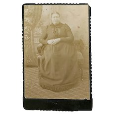 Cabinet Card on Matting, Portrait of a Seated Lady