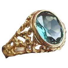 Vintage 9ct Yellow Gold Green Synthetic Spinel Dress Ring