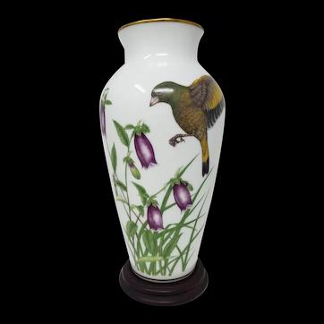 "1981 Franklin Mint ""Wings of Summer""'Porcelain Vase Ryu Okazaki Series Japan"
