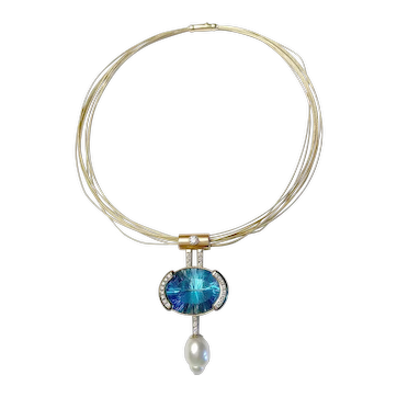 41 CT Deep Blue Topaz Diamond and Pearl Pendant Necklace 14KT Gold