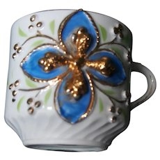 Gilded gold cross cup, accents and trim