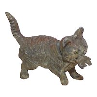 Heyde 'Knick-Knack / Nippes' - Nodding Cat Carrying a Kitten