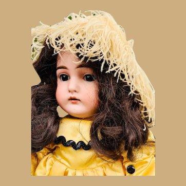 Kämmer & Reinhardt K*R mold 192 bisque doll bellissima!