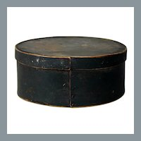 Antique 1800's Oval Pantry Box in Original Dark Green Paint