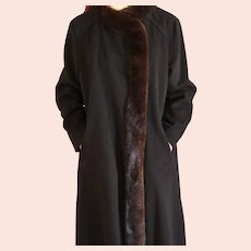 Mid20th Century, Lorendale by Bromleigh, Black Wool Coat Mahogany Mink Trim