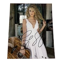 TAYLOR SWIFT signed autographed photo w/ Certificate of Authenticity