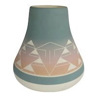 """Native American Sioux Pottery Vase signed """"Lucid Sioux"""""""