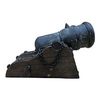 "Vintage Wood / Cast Iron Miniature Display Cannon ""Mortero Plaza"""