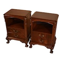 1930s Pair of Chippendale Mahogany Nightstands / bedside tables claw foot
