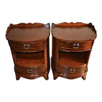 1920 Antique Pair of Regency Mahogany Nightstands bedside tables / Two drawers