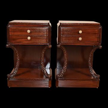 1930s Williamsport Hollywood Regency Mahogany Pair nightstands / Bedside tables