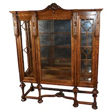 1890s Antique William and Mary Tiger Oak China Cabinet / bookcase