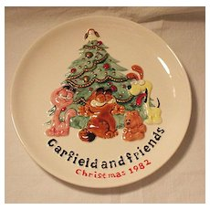Vintage Collectible Ceramic Garfield & Friends Christmas 1982 Plate Enesco 1981 Mint Condition