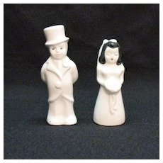 Vintage Ceramic Bride & Groom S & P Shakers by Hollywood 1950s Excellent Condition
