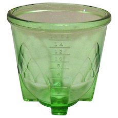 Vintage Transparent Green Depression glass 2 Cup Mixer Bottom Good Condition