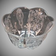 Vintage Duncan & Miller Crystal 2 Part Salad Dressing Bowl Remembrance Etching 1948-53 Very Good Condition