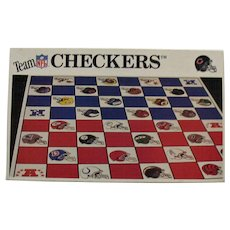 Vintage Team Checkers Game by NFL 1993 Bears/Packers Good Condition
