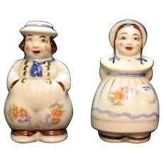 Vintage Shawnee Rare Ceramic S&P Shakers Jack & Jill Gold Paint & Decals Very Good Condition