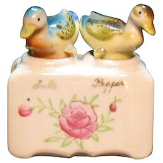 Vintage Nodder Ducks S&P Shakers Oklahoma Souvenir 1930s or 50s Good Condition