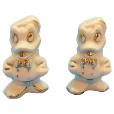 Vintage Donald Duck Walt Disney Ceramic S&P Shakers by American Bisque 1940-50s Gold Paint Trim Good Vintage Condition