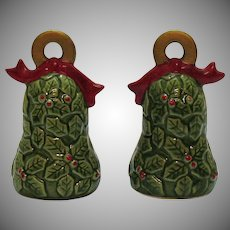 Vintage Christmas Salt/Pepper Bell Shaped Shakers Green Holly 1960-70s