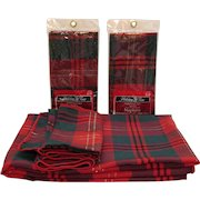 Vintage Holiday Time Plaid Tablecloth and 8 Napkins 1980s Good Condition