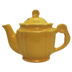 Vintage Shawnee Rosette 3 Cup Yellow Teapot 1930-41 Good Condition