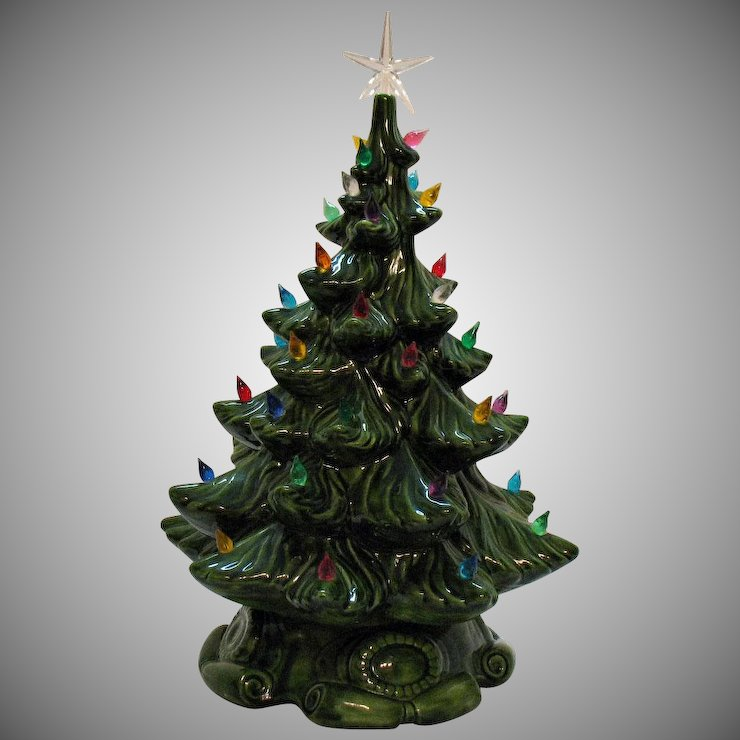 vintage green ceramic christmas tree with faux plastic lights atlanta mold 1974 good condition - Green Ceramic Christmas Tree With Lights
