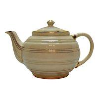 Vintage 4 Cup Sadler Teapot Horizontal Rings Gold Paint 1947 back stamp Good Condition