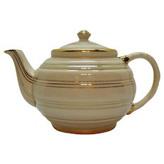 Vintage 4 Cup Sadler Teapot Horizontal Rings Gold Paint 1947 back stamp Good Condition