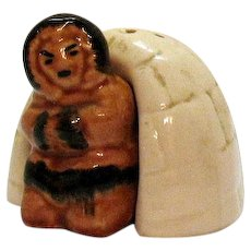 Vintage Ceramic Novelty S&P Shakers Shape of Igloo & Eskimo 1950s Good Condition