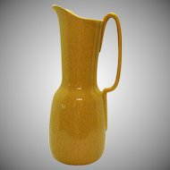 Vintage 1960s Red Wing Yellow Flecked Pitcher M1565 Good Condition
