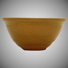Vintage Primitive Yellow Ware Bowl 1940-50s Good Vintage Condition