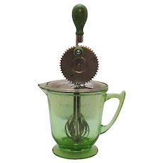 Vintage T&S Torrington Handimaid 4 Cup Pitcher/Mixer Green Depression Glass 1930s Very Good Vintage Condition