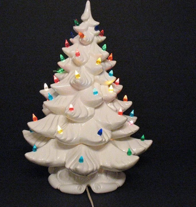 vintage 1979 atlantic mold ceramic christmas tree lighted base faux lights good condition