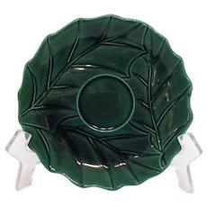 There are 9 Vintage Lefton #2047 Saucers in The Green Holly Pattern Good Condition
