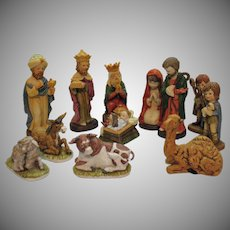 Vintage 12 Pcs. Porcelain/Ceramic Nativity Display 1977 Good Condition