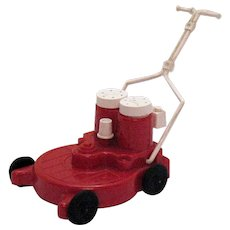 Vintage Novelty S&P Shakers as a Lawn Mower 1950-60s Good Condition