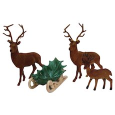 Vintage 3 Reindeer & Ceramic Sled Centerpiece 1950-60s Good Condition
